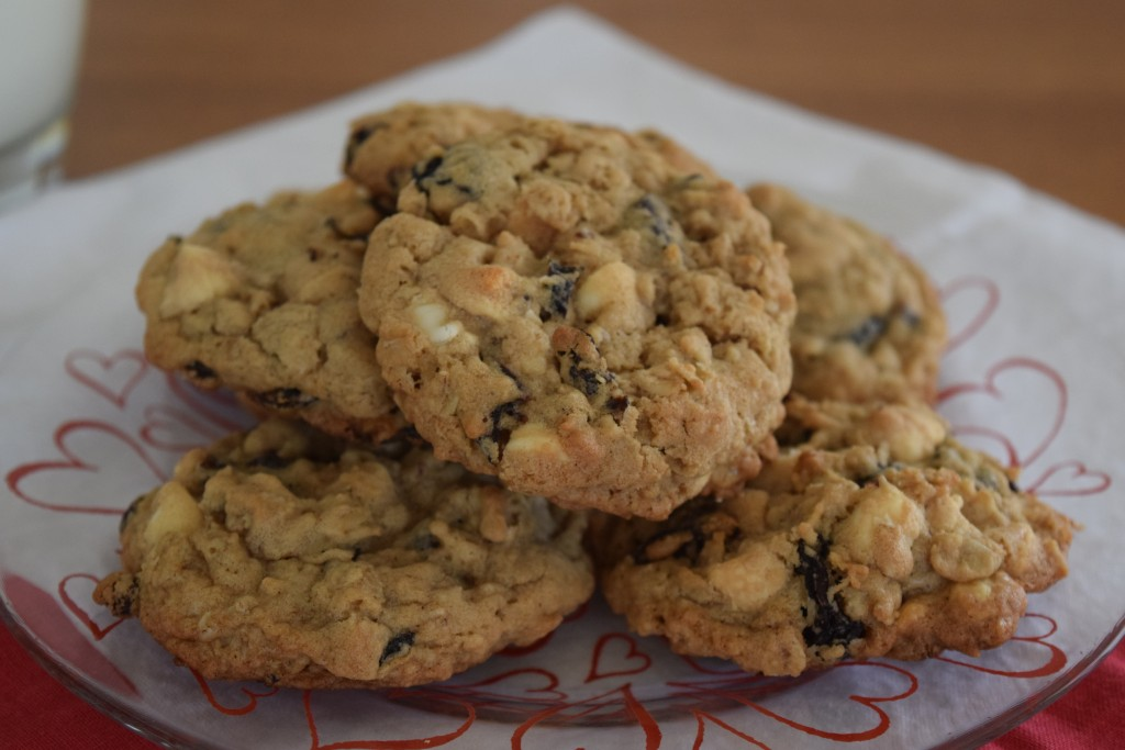 cherry oatmeal cookie | confections of a dietitan