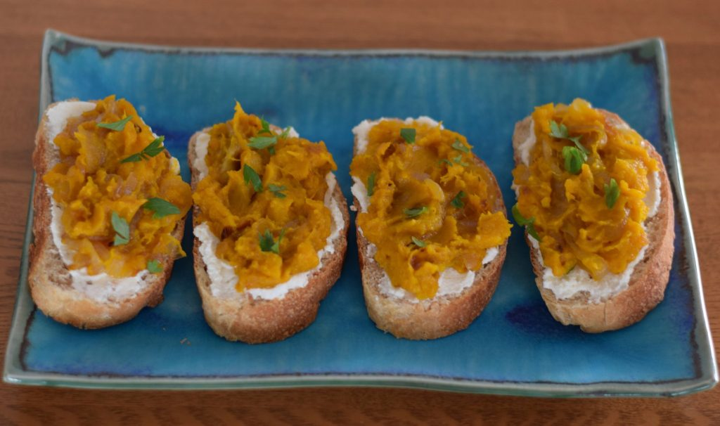 confections of a dietitian | japanese pumpkin and ricotta toasts